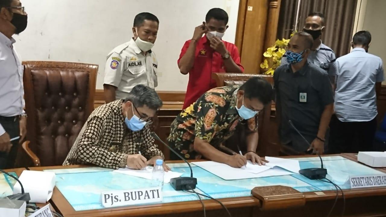 Photo of Pemkab Kutim Dan PT FAM Tandatangani MoU. Delapan Point Perjanjian Harus Dipenuhi