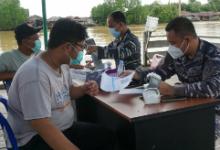 Photo of TNI AL Sangatta Tuntaskan Vaksin Tahap Dua, 100 Dosis Disuntikkan Untuk Warga Muara Bengalon